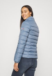 Tommy Jeans - BASIC - Untuvatakki - faded ink - 4