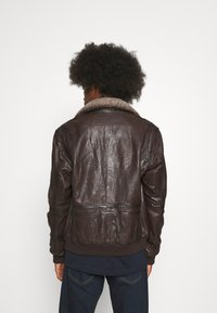 Serge Pariente - NEW PILOT - Leather jacket - brown - 2
