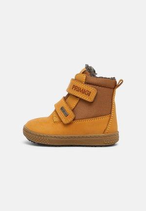 UNISEX - Winter boots - ocra/cuoio