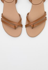 Anna Field - LEATHER - Tongs - cognac - 5