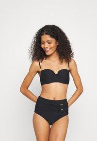 Calvin Klein Swimwear - CORE SOLID HIGH WAIST - Bikinibroekje - black - 1