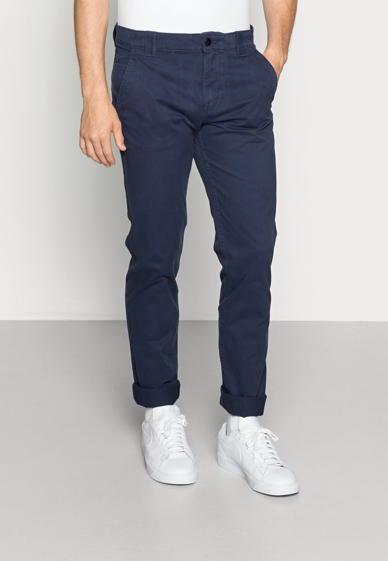 Tommy Jeans - SCANTON PANT - Chinos - blue