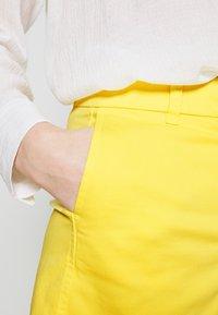 J.CREW - Shorts - vivid lemon - 5