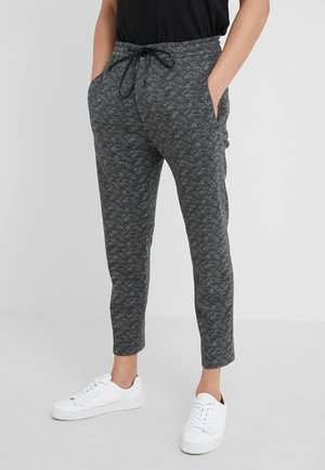 JEGER - Trousers - camu