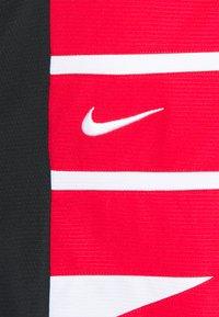 Nike Performance - Pantaloncini sportivi - black/white/university red - 5