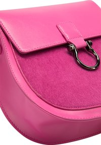 IZIA - MIT KUNSTFELL - Across body bag - pink - 4