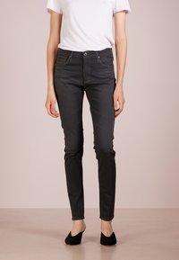 AG Jeans - FARRAH SKINNY - Jeans Skinny Fit - grey denim - 0