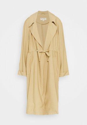 FLUID DUSTER - Classic coat - camel