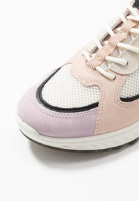 ECCO - ECCO ST.1 W - Trainers - blossom rose/black/white/rose dust