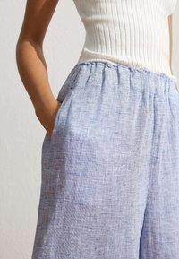 OYSHO - Pantalon classique - light blue - 3
