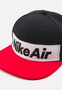 Nike Sportswear - FLAT BRIM - Cap - black - 3