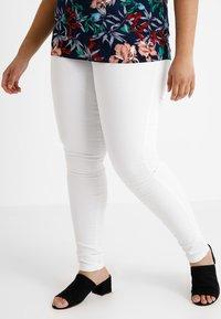 Zizzi - AMY LONG - Jeans Skinny - bright white - 0