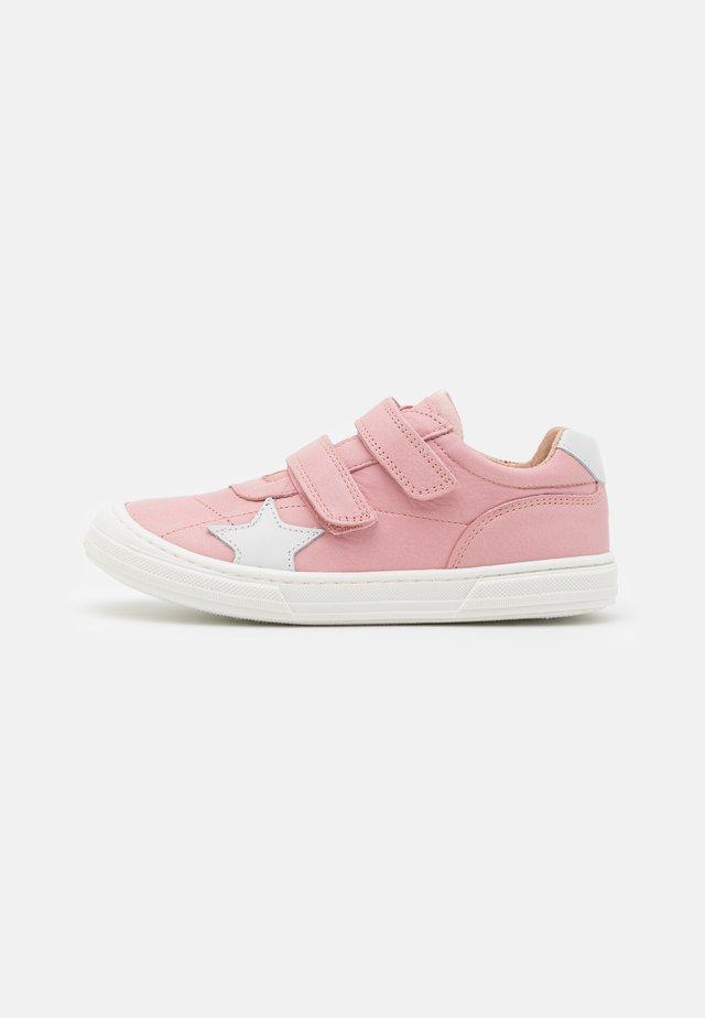 KAE - Klittenbandschoenen - rosa