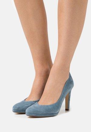HERDI - Classic heels - jeans