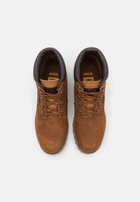 Cat Footwear - FOUNDER WP  - Šněrovací kotníkové boty - danish brown - 3