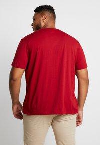 Lacoste - T-shirt basic - alizarine - 2