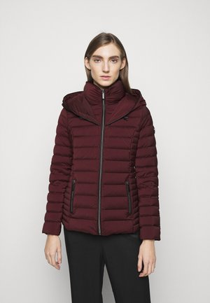 PACKABLE PUFFER - Down jacket - dark ruby