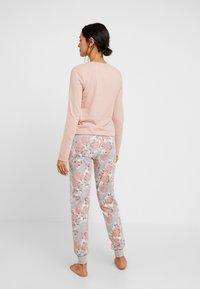 Skiny - SLEEP AND DREAM - Pyžamový spodní díl - rose - 2