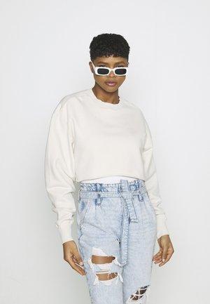 CROPPED AND COOL - Sweatshirt - bone