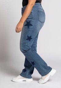 Ulla Popken - Slim fit jeans - bleu jean - 2