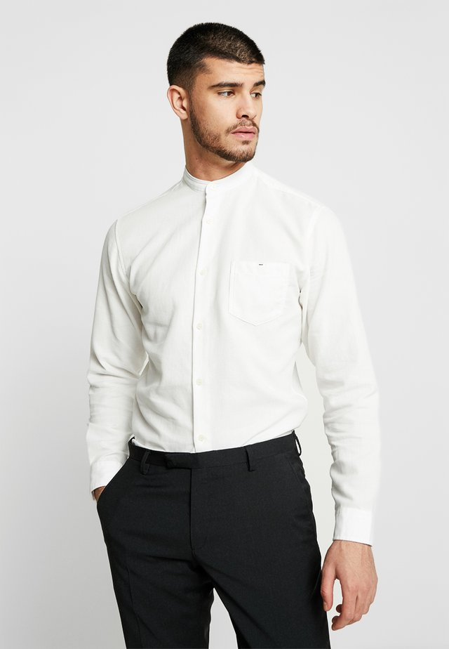 SHXONENEW JAMES SLIM FIT - Camisa - marshmallow