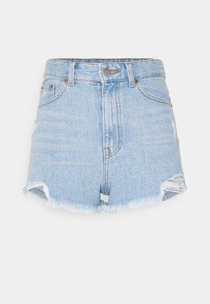SKYE - Shorts di jeans - empress light blue ripped