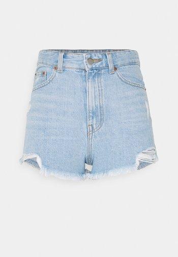SKYE - Denim shorts - empress light blue ripped