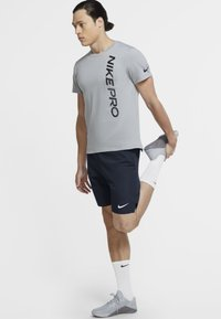 Nike Performance - FLEX - kurze Sporthose - obsidian/white - 1