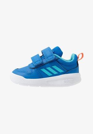 TENSAUR UNISEX - Sportieve wandelschoenen - glow blue/bright cyan