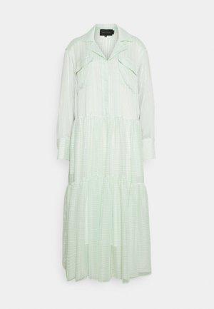 TRINE DRESS - Košilové šaty - light green