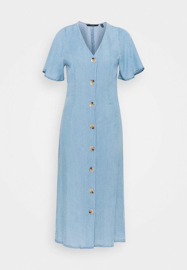 VMVIVIANA CALF DRESS - Denim dress - light blue denim