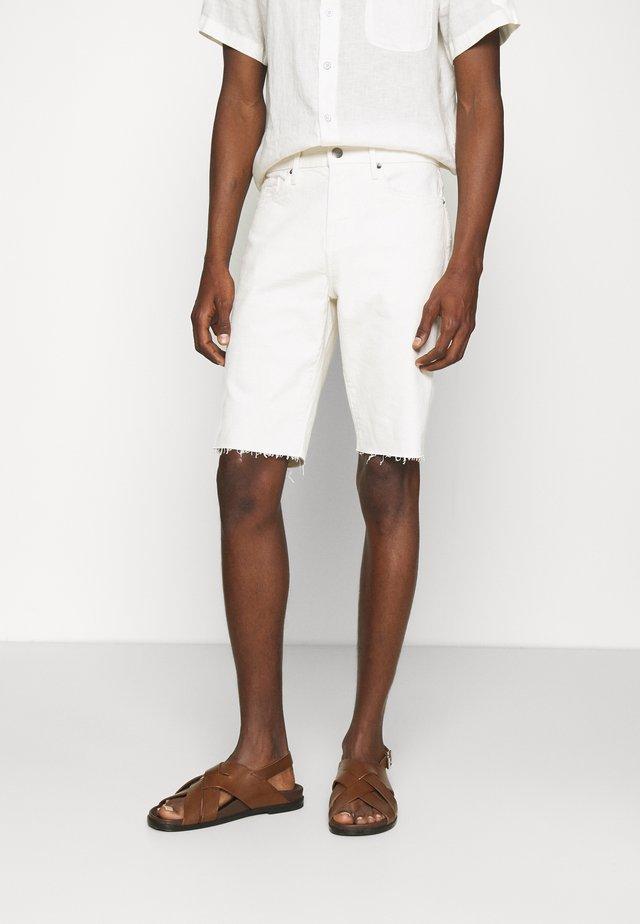 Denim shorts - au natural grind