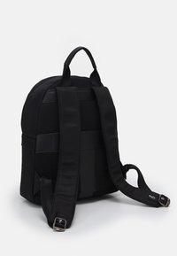 Valentino Bags - KYLO BACKPACK - Rucksack - nero - 1