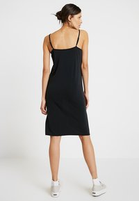 Nümph - NEW CASSIANA DRESS - Jersey dress - caviar - 2