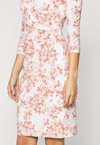 Lauren Ralph Lauren Petite - CLEORA - Shift dress - cream/pink/multi - 5