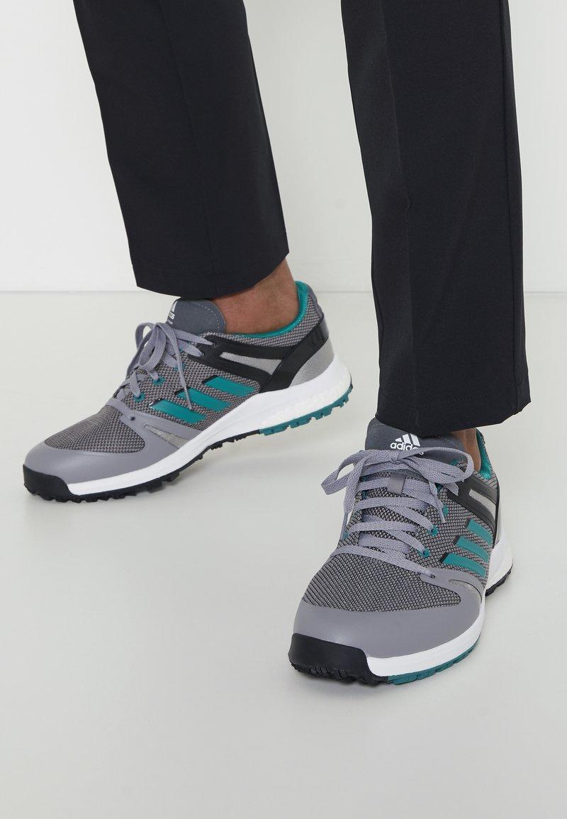 adidas Golf - EQT SPKL - Golfschoenen - grey four/sub green/core black