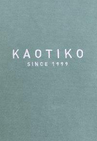 Kaotiko - CREW WASHED ALAN - Sweatshirt - aqua - 2