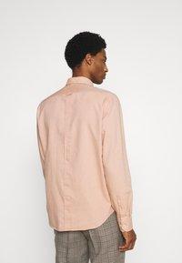 Ben Sherman - SIGNATURE SHIRT - Shirt - anise - 2