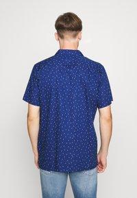 Levi's® - CLASSIC CAMPER UNISEX - Shirt - raindrop blue - 2