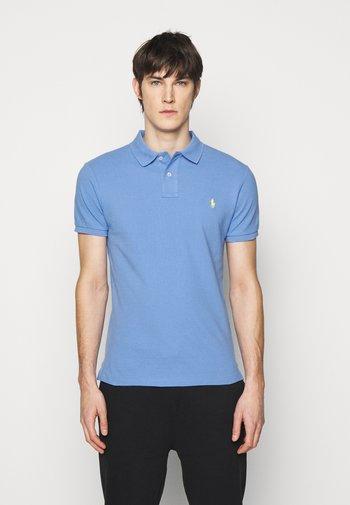 REPRODUCTION - Polo shirt - cabana blue