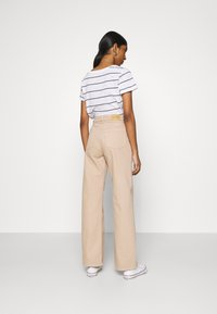 Monki - YOKO - Jean droit - beige medium dusty - 2