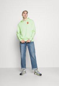 Nike Sportswear - HOODIE - Luvtröja - liquid lime - 1
