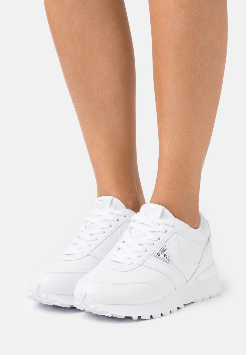 Guess - SAMSIN - Sneakers basse - white