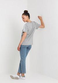 adidas Originals - STRIPES TEE - Print T-shirt - medium grey heather - 2