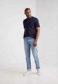 Filippa K - SINGLE CLASSIC TEE - T-shirt basic - navy - 1