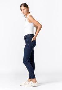 HALLHUBER - Jeans Skinny Fit - dark blue denim - 2