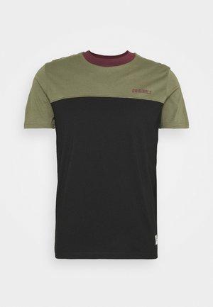 JORREXEN TEE CREW NECK - T-shirt con stampa - black
