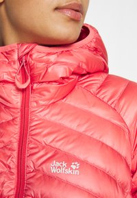 Jack Wolfskin - MOUNTAIN - Down jacket - coral pink - 4