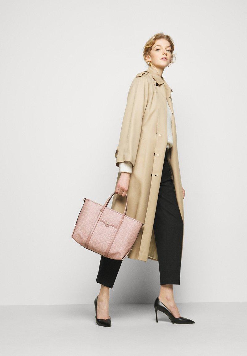 MICHAEL Michael Kors - BECK TOTE - Handbag - ballet