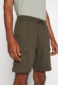 Burton Menswear London - Cargobyxor - khaki - 4